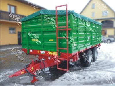 GOMAR 9 tonnás trágyaszóró